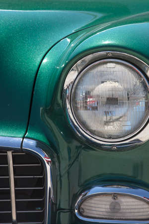 metalic: Metalic Green Vintage Car Right Front Grill and Headlight