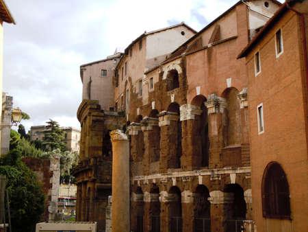 Rome jewish quarter buildings