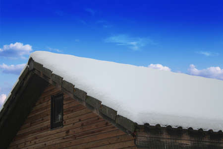 drooping: Wooden roof, drooping snow, winter