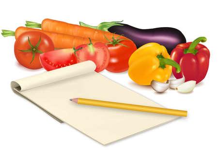 condimentos: Bloc de notas con receta, tomate y algunas verduras con l�piz en la tabla. Vector