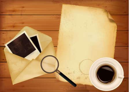 enveloppe ancienne: Vieille enveloppe avec des photos et de vieux papiers, sur fond de bois. Vecteur.