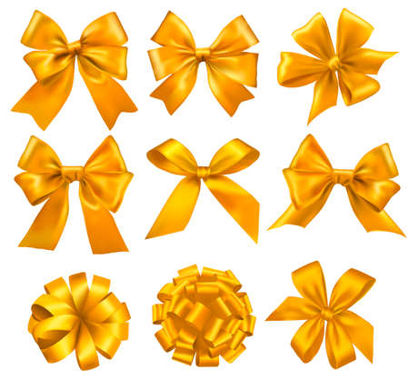 Big set of yellow gift bows with ribbons. Vector. Ilustração