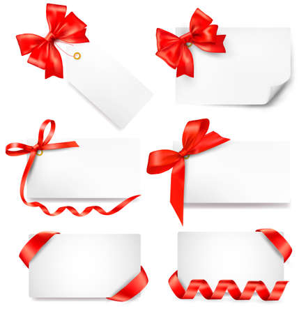 red ribbon: Set of card note with red gift bows with ribbons.  Illustration