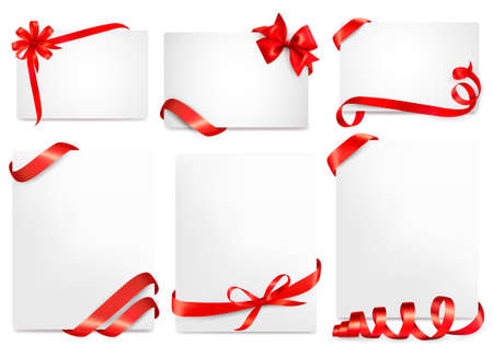 Set of beautiful cards with red gift bows with ribbons  Ilustração