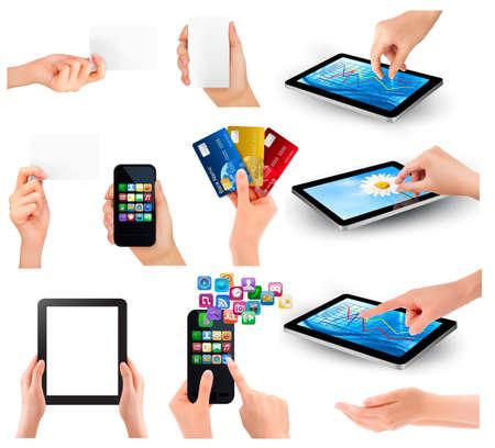 smartphone mano: Raccolta delle mani che tengono diversi oggetti di business illustrazione Vettoriali