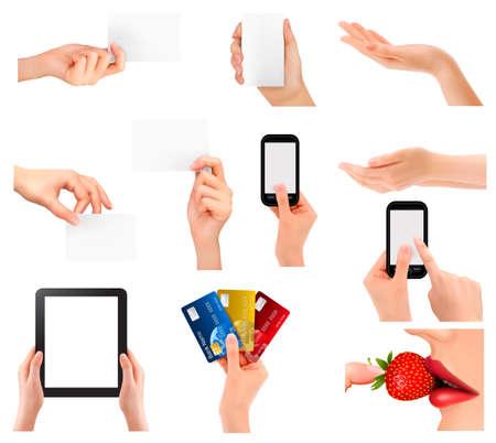 manos: Conjunto de manos sosteniendo objetos comerciales diferentes. Ilustraci?n vectorial
