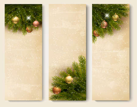 desember: Three retro holiday banners with christmas tree branches. Vector