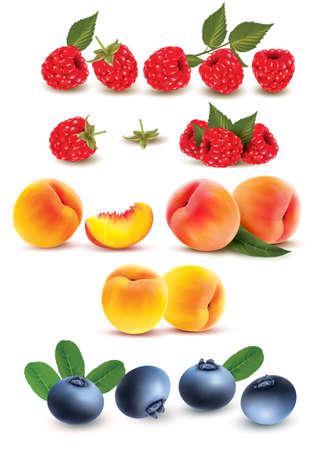 フルーツとベリーのコレクションです。ラズベリー、桃、ブルーベリー。ベクトルを設定