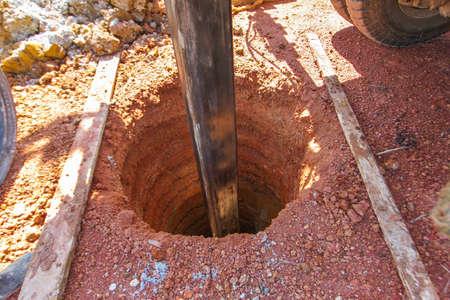 Waterput boren, een put graven voor water Stockfoto