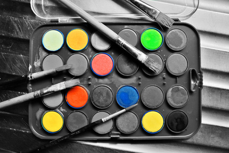 aquarelle painting art: Watercolor set with brushes in black and white with a pop of color