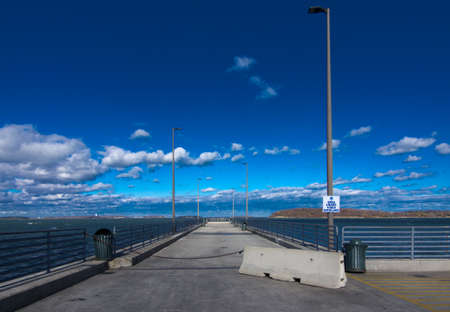 The fishing pier at the end of Nut Island in Quincy Ma. Reklamní fotografie