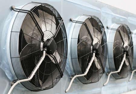 air pump: Air conditioning system