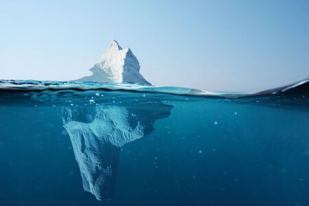 Iceberg in the ocean with a view under water. Crystal clear water. Hidden Danger And Global Warming Concept 版權商用圖片 - 125232818