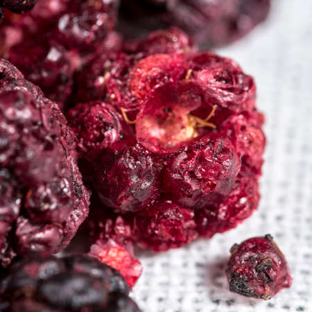 freeze dried: Freeze dried blackberries for cocktails and highballs