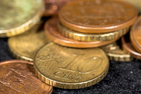 macrophotography: Cent euro coins