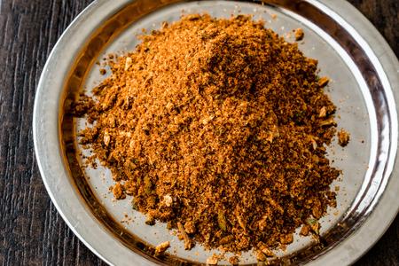 Masala Powder on silver tray / Chicken spice / Tavuk Baharati. Organic Spice Concept. Stok Fotoğraf - 85631151