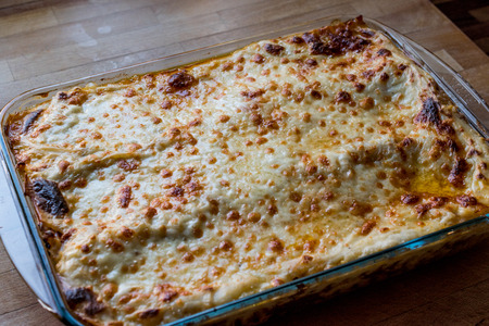 Lasagna with  minced meat, Bolognese sauce and melted cheese. italian food Standard-Bild