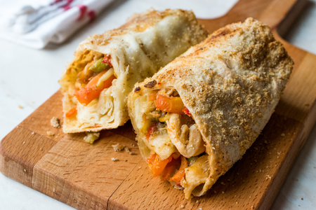 Turkish Avci Boregi  Hunter Pastry Fried Rolls with Chicken and Vegetables. Traditional Food. Stok Fotoğraf