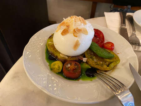 Burrata Cheese with Organic Tomatoes and Sliced Almonds. Ready to Eat.