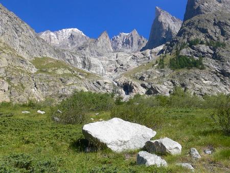 veny: View of Lac de Gloix, Val Veny, Val daoste