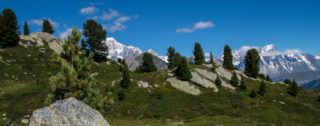 Thuilette, 라 thuile, 발 d' aoste, 이탈리아의 호수 스톡 콘텐츠 - 92570309
