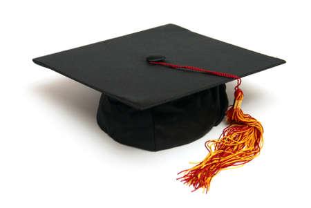 casquette: Un chapeau de grad isol� pour symboliser un �tudiant dipl�m�.