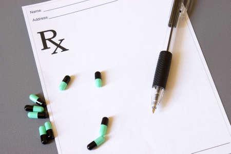 recetas medicas: Un cojín de escritura de médico sin nada escrito en él.