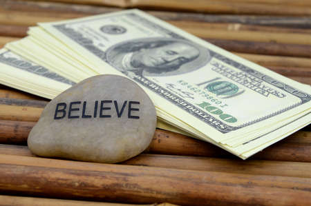 An affirmation to believe in yourself to gain wealth and abundance. Imagens