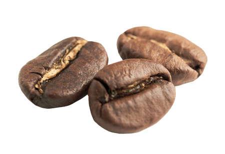 grains de café sur fond isolé blanc