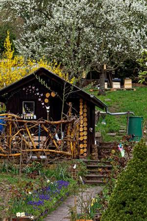 Gartenhaus ful der Blumen Standard-Bild