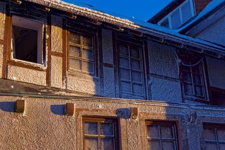 frosty background, house in winter frost Reklamní fotografie