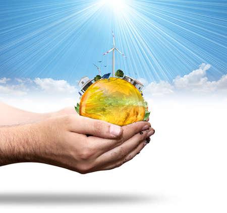 ahorrar agua: Concepto de mundo verde con aerogenerator y panel solar Foto de archivo