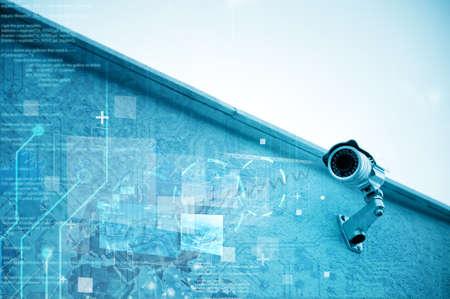 monitoreo: C�mara de seguridad moderna para la vigilancia Foto de archivo