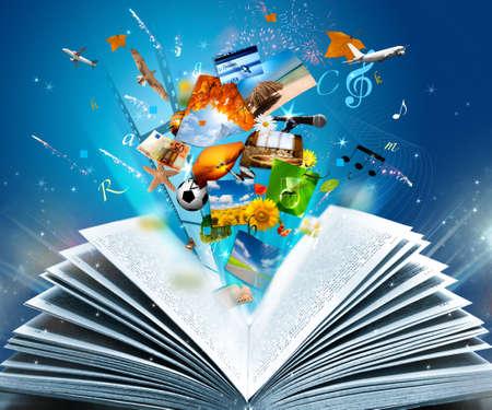 волшебный: Чтение книги светящиеся фантазии Фото со стока