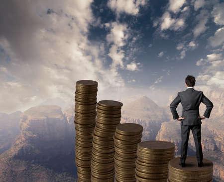 pieniądze: Koncepcja biznesu i wzrostu pieniędzy Zdjęcie Seryjne