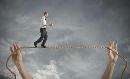 responsabilidad: Riesgos y desaf�os del concepto de negocio de la vida