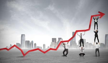 Concetto di lavoro di squadra e profitto aziendale