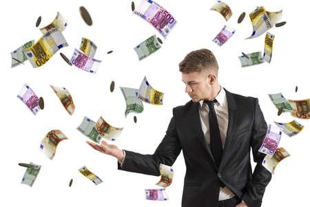 billets euro: Concept d'un homme d'affaires qui gagne de l'argent