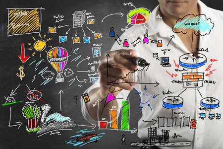 새로운 비즈니스 프로젝트를 그리기 사업가 스톡 콘텐츠