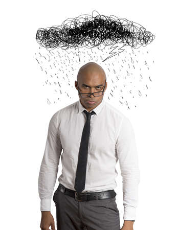 cansancio: Destac� el empresario con el dibujo de nubes y lluvia Foto de archivo
