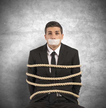 Concept van de zakenman met mobbing en stress op het werk Stockfoto