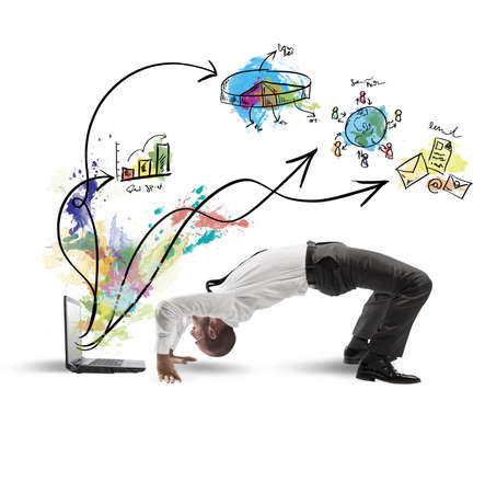 tendencja: Pojęcie działalności akrobatycznym i laptop z człowiekiem