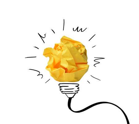紙のノートとアイデアのコンセプトのスケッチ