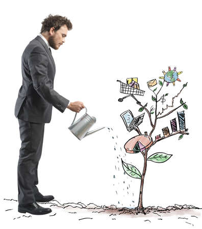 regando plantas: Concepto de empresa en crecimiento con un bosquejo de una planta con el s�mbolo de negocio