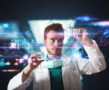 Lekarz pracuje z futurystycznym interfejsem dotykowym