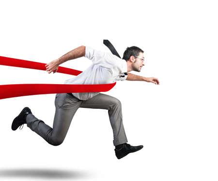 Konzept für erfolgreiche Geschäftsmann in einem Ziellinie Standard-Bild