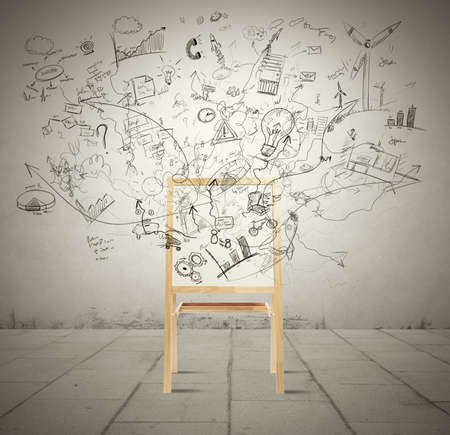 Konzept der Kreativität mit Tafel voller neuer Projekt Standard-Bild