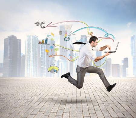Concept van snelle zakelijke met het runnen van zakenman