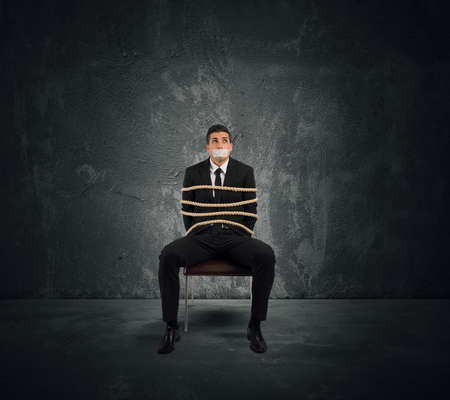 Konzept von Mobbing und Stress bei der Arbeit