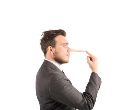 긴 코를 가진 사업가와 거짓말의 개념 스톡 콘텐츠
